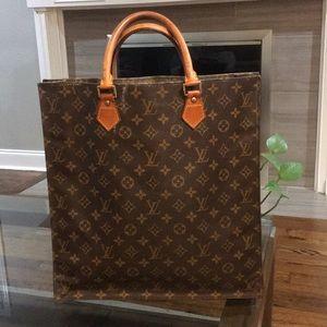 Authentic Louis VuittonSac Plat bag